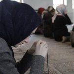 متى يمكن أن تصلي المرأة في المسجد