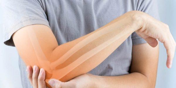 أضرار المشروبات الغازية على العظام والجسم
